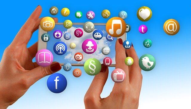 Social Media Multimedia